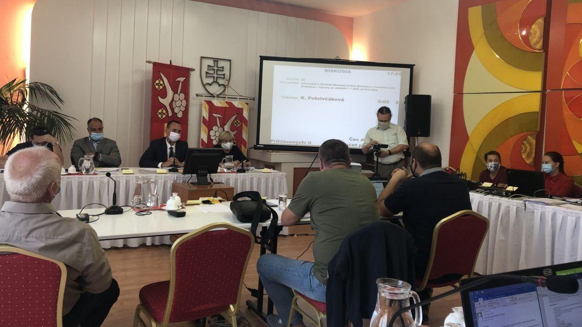 Program novembrového miestneho zastupiteľstva vo Vajnoroch