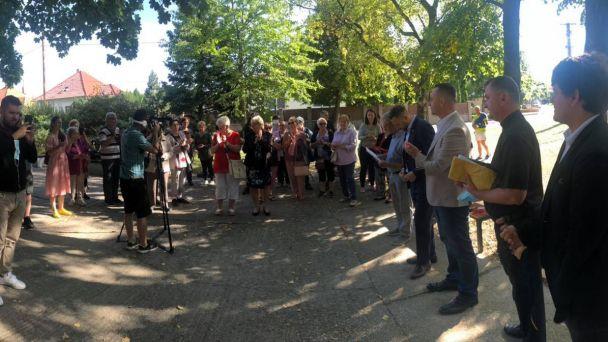 Zo slávnostného otvorenia petangového ihriska vo Vajnoroch