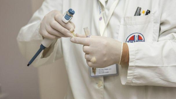 Od dnešného dňa si môžu vajnorskí seniori nad 65 rokov, ale aj zdravotne znevýhodnení Vajnoráci dohodnúť cez špeciálnu infolinku očkovací taxík.